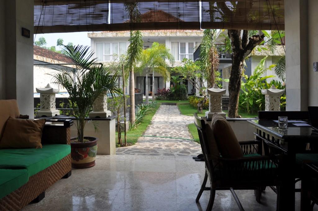 Het Terras van appartement Het Tropenhuis in Sanur